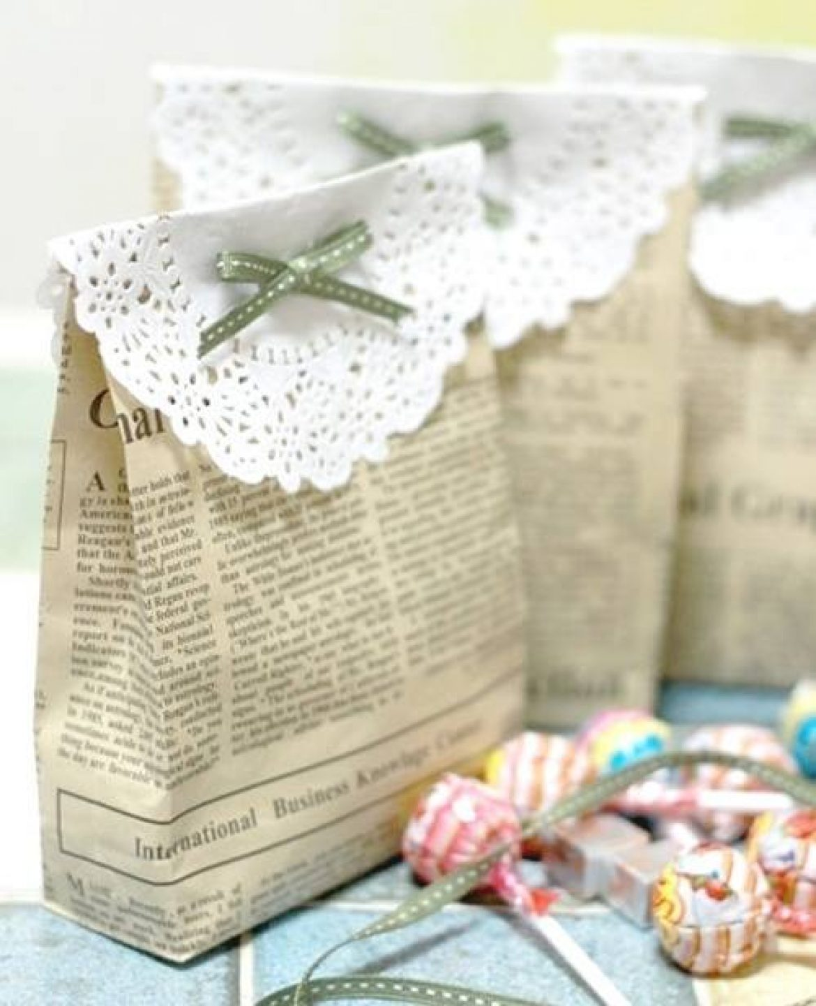 TIPS DIY: RECYCLE PAPER BAG FOR WEDDING GIFT